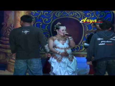 Tembang Sandiwara - DWI WARNA - Pemikat Sukma - Voc. Ella ( Arya Production )