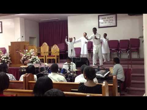 Vessels of Clay Close To You- Youthful Praise