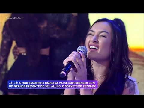 """Banda Melim canta """"Dois Corações"""" na Hora do Faro"""