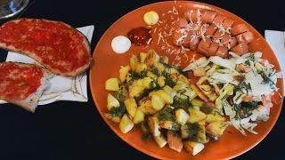 Картошка салат + сосисоны )