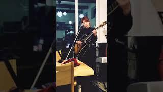 ななみさん/I live for loveカバー SSW毎月第1.3土曜日14時〜ライブしてます。 Cafe&Jazz SHOJI さいたま市浦和区常盤9-33-21 07036686727 今後のライブ ...