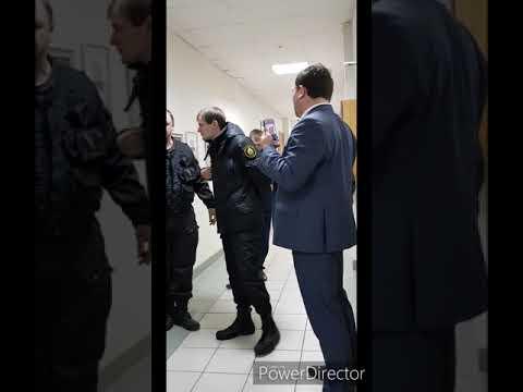 12.11.2019г. Челябинск. Странное поведение работни