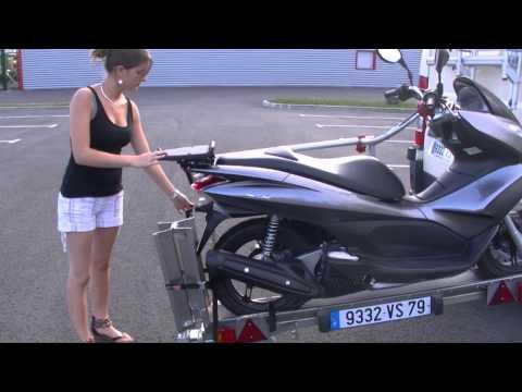 Yo remorque roue pivotante 360 et chargement au sol doovi - Porte scooter pour fourgon ...