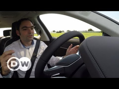 Autonom: unterwegs mit Staupilot | DW Deutsch