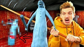 Making FROZEN GRANNY and then Smashing it with Katana!
