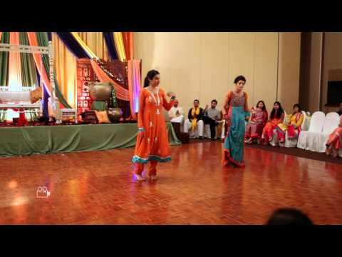 Girl Side or Boy's Side? - Salman + Arooj - Mehndi Performances