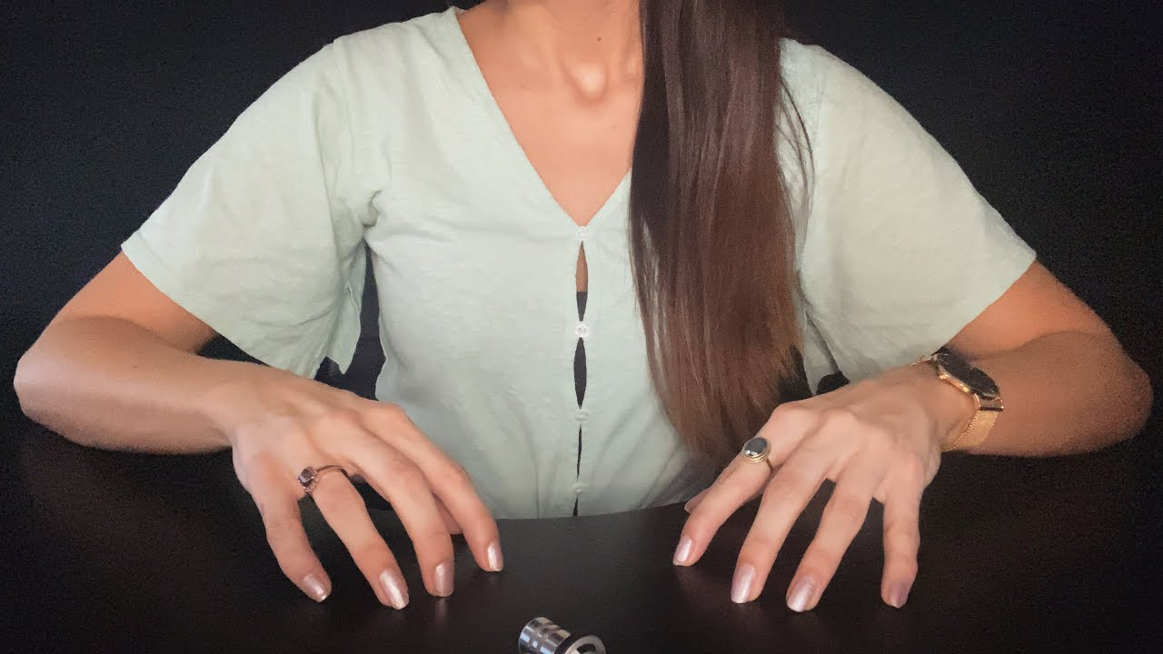 ASMR - Fast Table Tapping & Scratching - No Talking