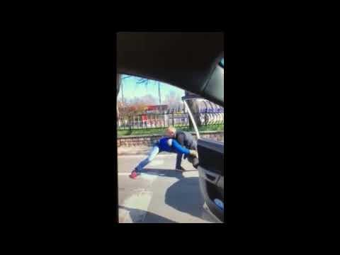 Новости-N: Видео Александра Морозенко: Драка водителей на проспекте в Николаеве