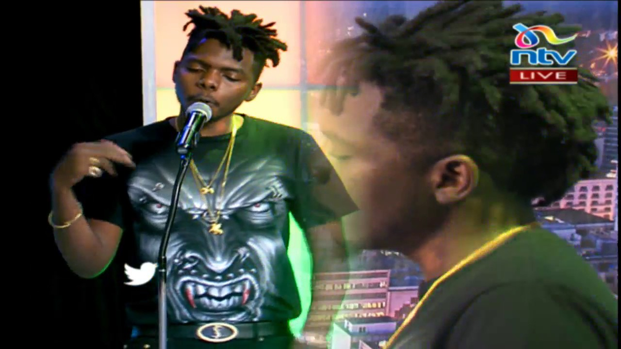 Download Musician Qritiqal performs 'Won't tell' #theTrend