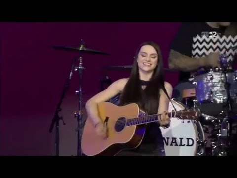 Amy Macdonald  02  Poison Prince   Baloise Session 26102014