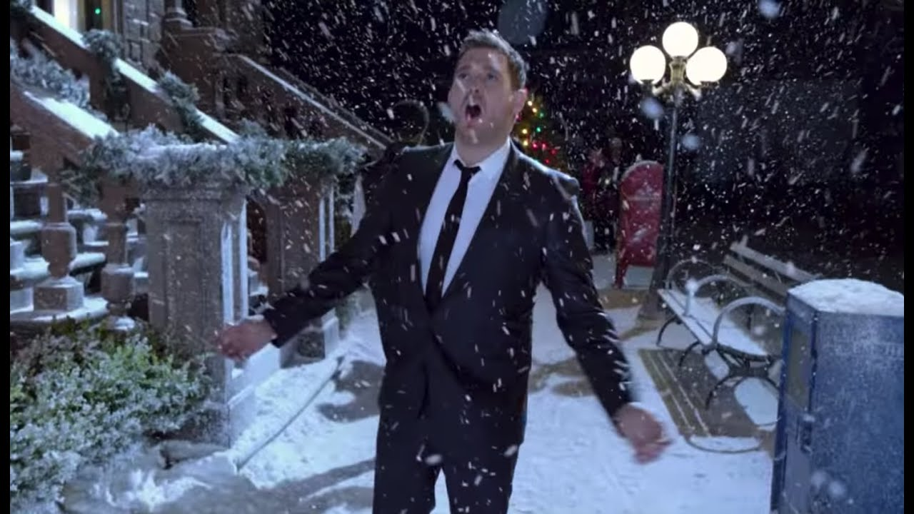 Michael Bublé — Santa Claus Is Coming To Town [Official Music Video]