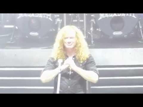 MEGADETH Argentina (live) 23.08.2016 * Saludos y palabras finales Mustaine, regalos, foto 020