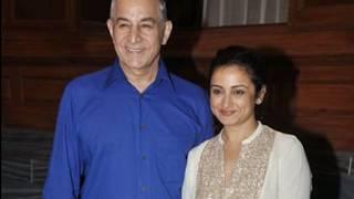 बॉलीवुड की कई फिल्मों में विलेन का किरदार निभाने वाले इस अभिनेता की रियल लाइफ पत्नी Dilip tahil wife