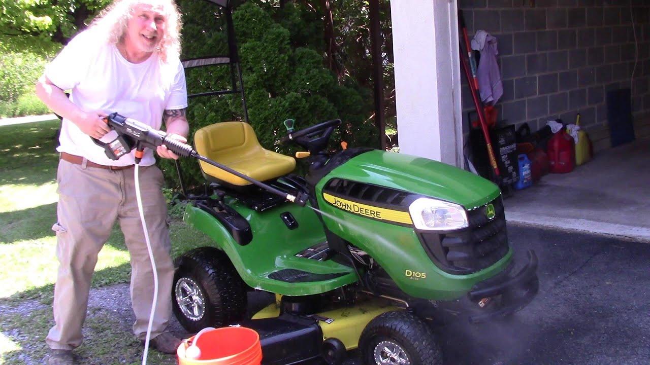 Washing my John Deere D105 with Worx Hydroshot Attachments + GoPro Ride
