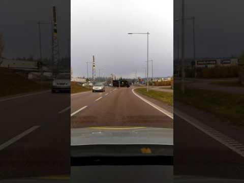 Landsväg/motorväg körning i södertälje