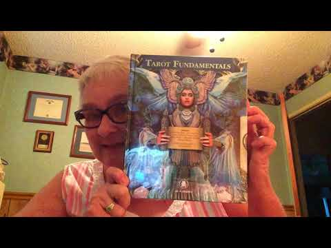 Unwrapping Tarot Fundamentals & Experience Books by Lo Scarabeo