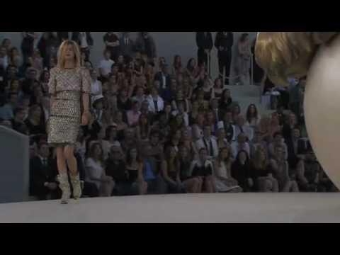 Chanel Haute Couture Fall Winter 2010/2011 Full Fashion ...