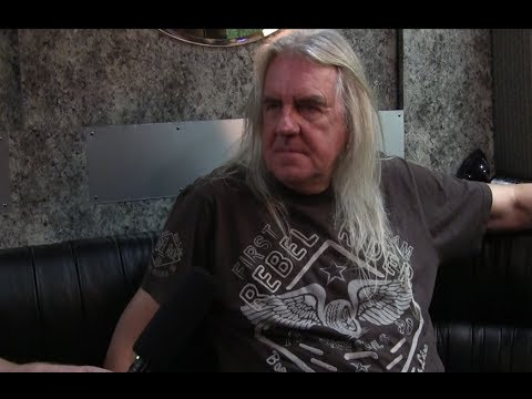 Saxon Biff Byford Interview-Talks New Album Thunderbolt,  Le