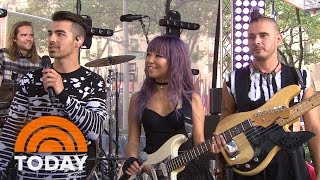 dnce frontman joe jonas reveals what cake by the ocean means today