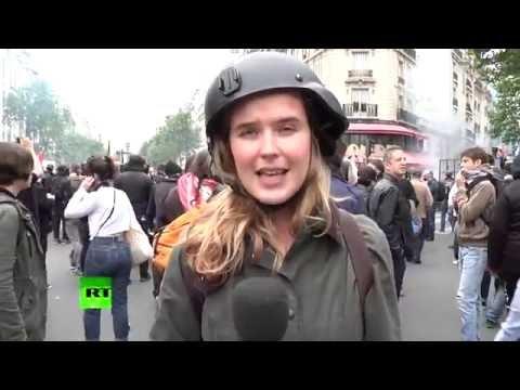 ضرب مذيعة اثناء تغطيتها مظاهرات في باريس