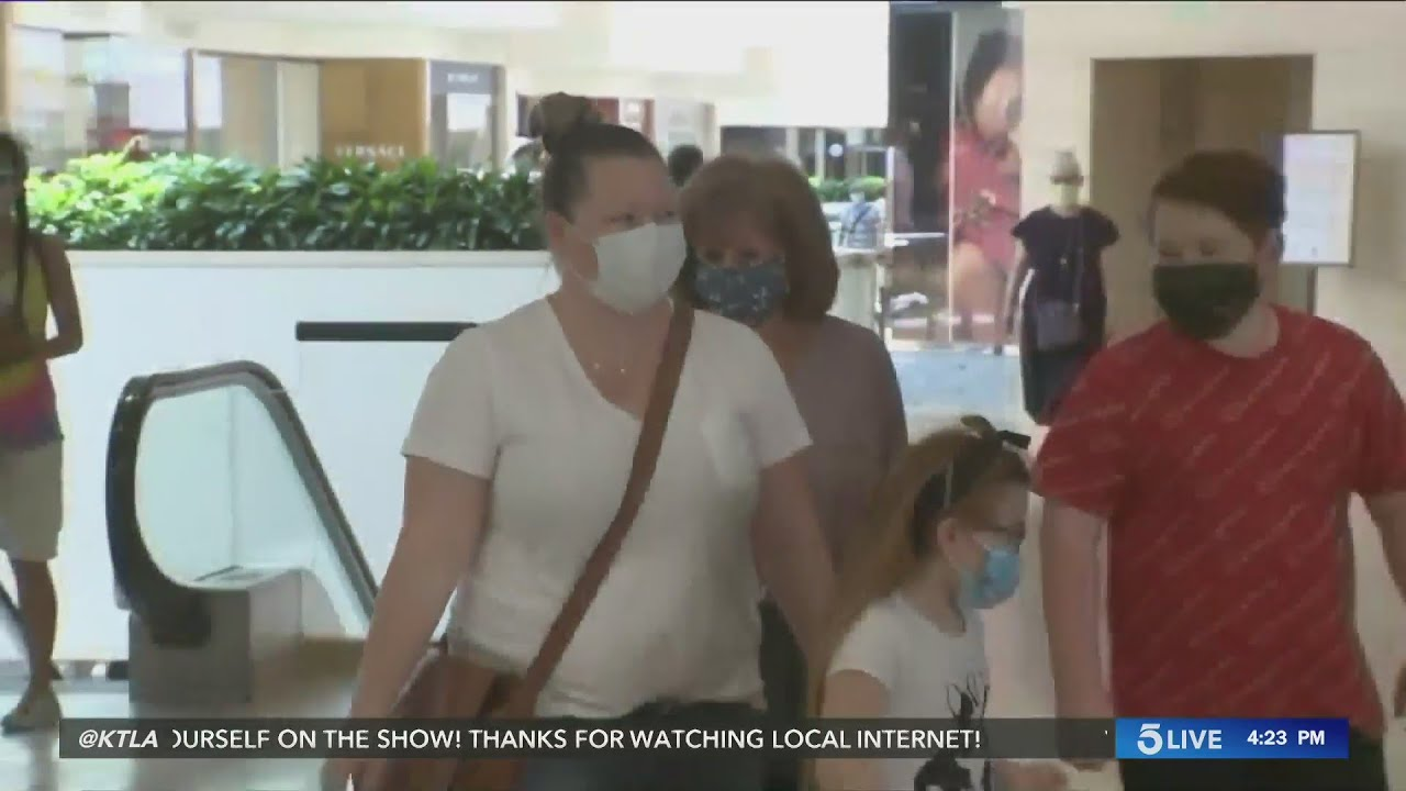 Dentists warn wearing a mask can lead to unpleasant dental issues