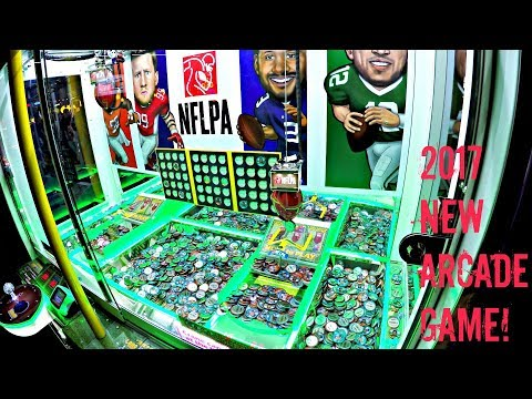 NFLPA Super Star Football Coin Pusher Arcade Game Dave & Buster's Gameplay - 2017 NEW Gaming
