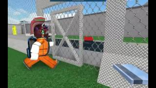 Who two people break out of prison [Roblox-01]