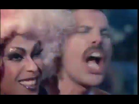 Freddie Mercury - Living On My Own ♥