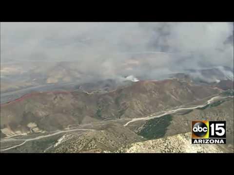 TERRIFYING SO CAL FIRE: Blue Cut fire in Cajon Pass - Insane Visuals