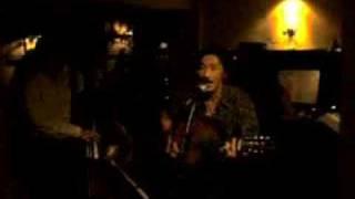 chanson française par un vietnamien