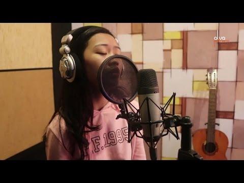 Nafa Urbach - Melepasmu Kelemahanku (Cover by Priscilla Thania)