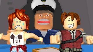 Roblox - FUJAM DO CAPITÃO MALUCO ft CRIS MINEGIRL (Escape The Shipyard Obby)