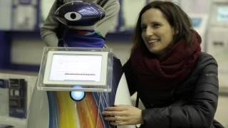 Робот Ингос поздравляет с 14 февраля