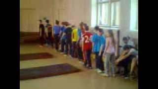 вот как проходит урок физкультуры в 28 школе))))