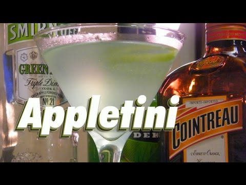 How To Make An Appletini - TheFNDC.com - Vodka Mixed Drinks