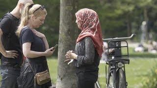 Müslüman kadının sosyal deneyi Hollandalıları şaşırttı