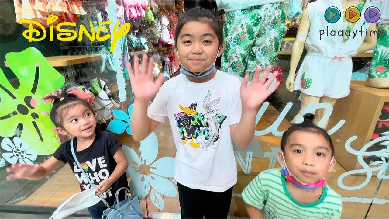Plaaaytime Kids visits the Disney Store in Seattle