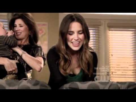 """One Tree Hill - 9x01 - Brooke & Victoria: """"You're the fabulous Baker boys.'"""