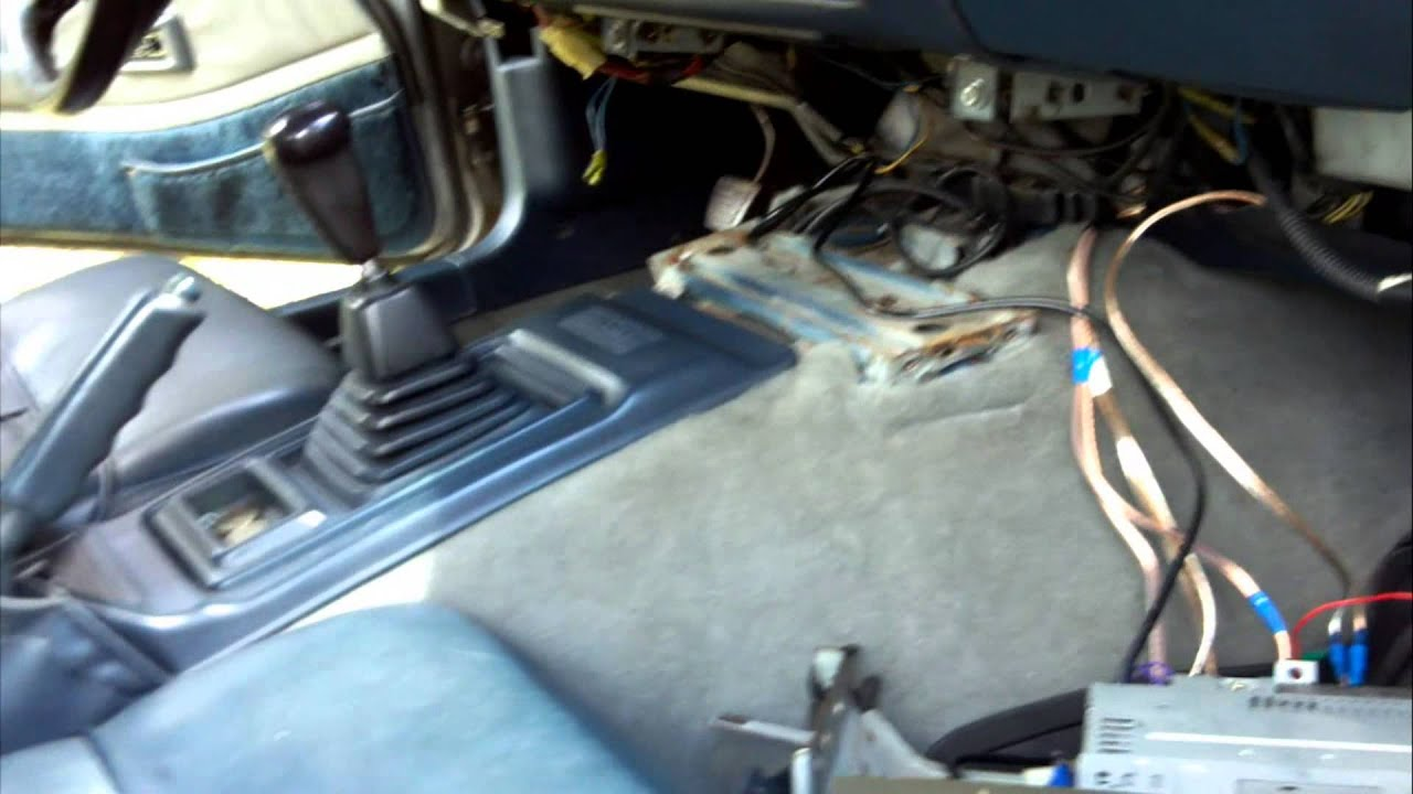 1983 280zx GL Power Antenna  BettySpeaker  Radio REWIRE  MOD  YouTube