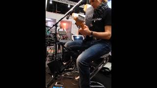 sy 300 guitar synthesizer demo musikmesse 2015