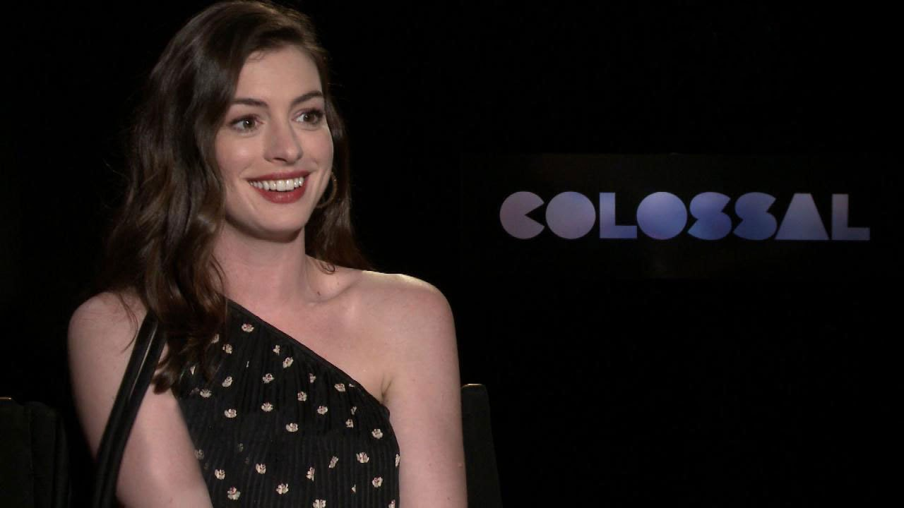 Youtube Anne Hathaway nudes (59 foto and video), Sexy, Paparazzi, Twitter, cleavage 2006