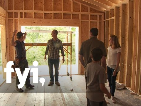 Tiny House Nation: Zip Line Solution (S2. E16)   FYI - YouTube