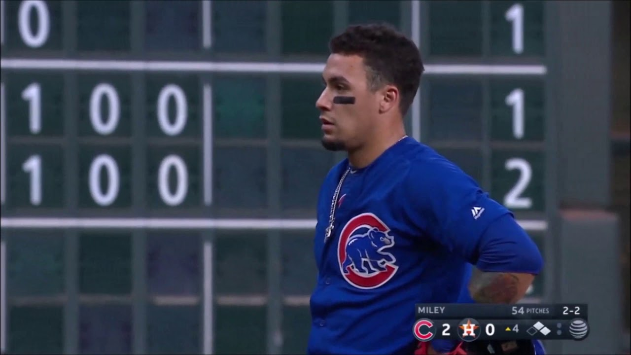 Albert Almora foul ball hits young fan during Cubs-Astros game