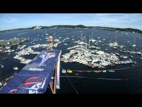 Red Bull Cliff Diving World Series 2014 -- Action Clip -- Norway, Kragerø
