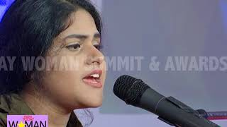 Gambar cover Secret Superstar Singer Meghna Mishra Sings Hit Song Nachdi Phira | IT Woman Summit '18