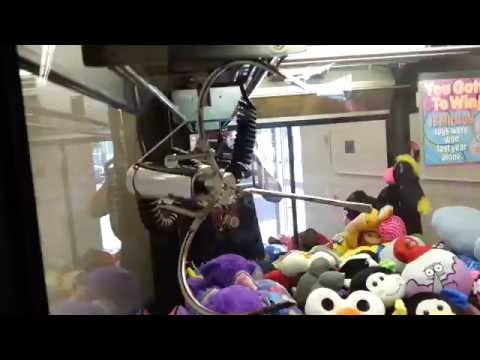 winning-on-the-jacked-up-claw---claw-machine-win-skill-crane-game-freeze-nen-sugar-loaf
