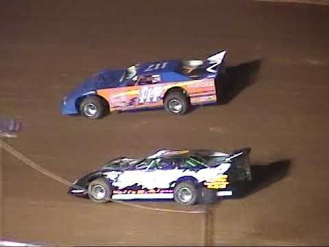 A LOOK BACK:  Volunteer Speedway Full Night Sept  17 , 2005