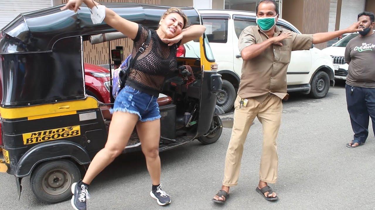 Autowale Ke Sath Rakhi Sawant Ka Dream Mein Entry Song Par Dance