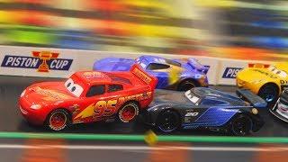 Cars 3 : McQueen u0026 Next-Gen Racers Piston Cup Race! (Part 2) - StopMotion