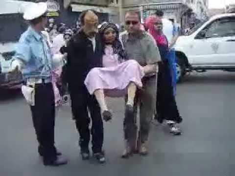 ملك  المغرب المخنث سادس يرسل كلابه لقتل 15 امرأة thumbnail